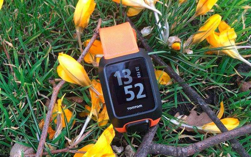 Спортивные часы TomTom Adventurer - Обзор