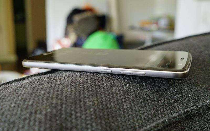Телефон ZTE Blade V8 Pro – Обзор
