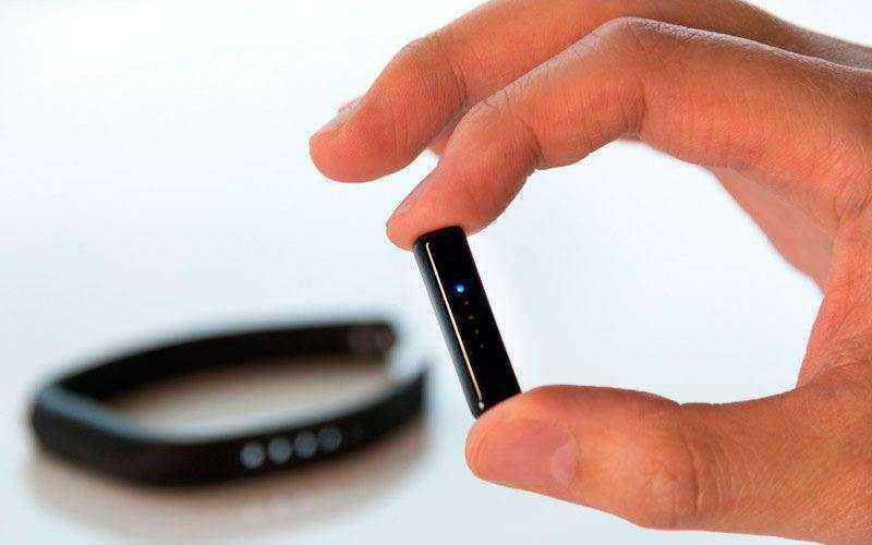 Дизайн Fitbit Flex 2