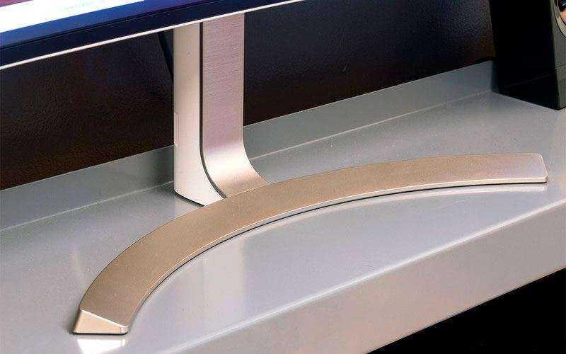 Дизайн LG 38UC99