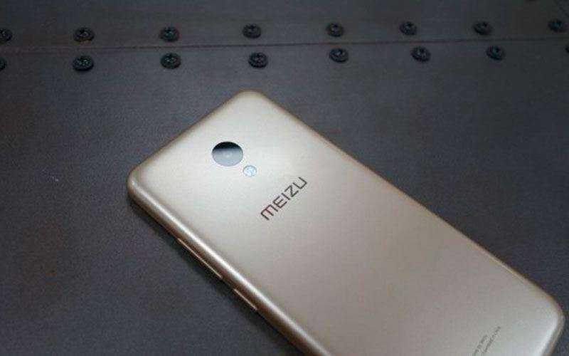 Meizu M5 сзади