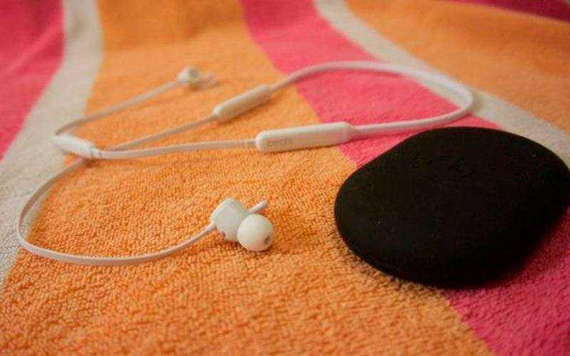 Beats X - Обзор наушников с хорошим звучанием и быстрой зарядкой
