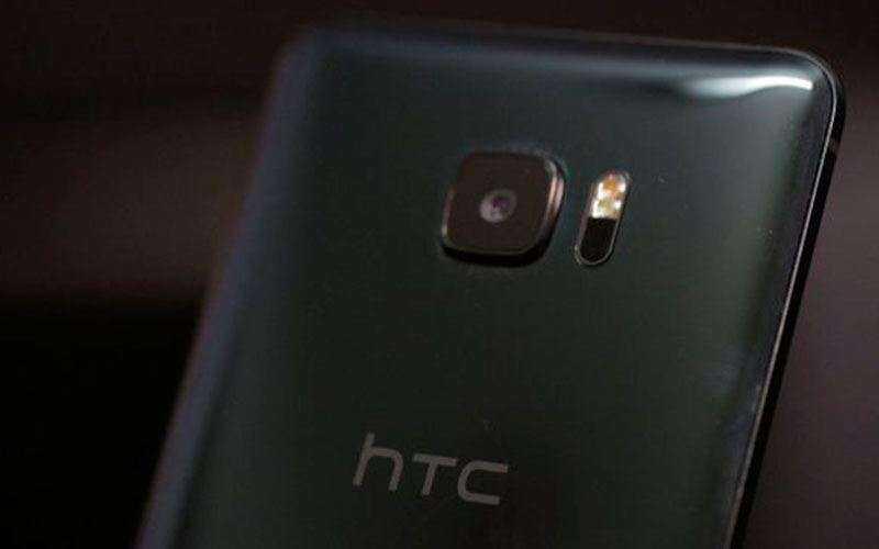 Камера HTC U Ultra