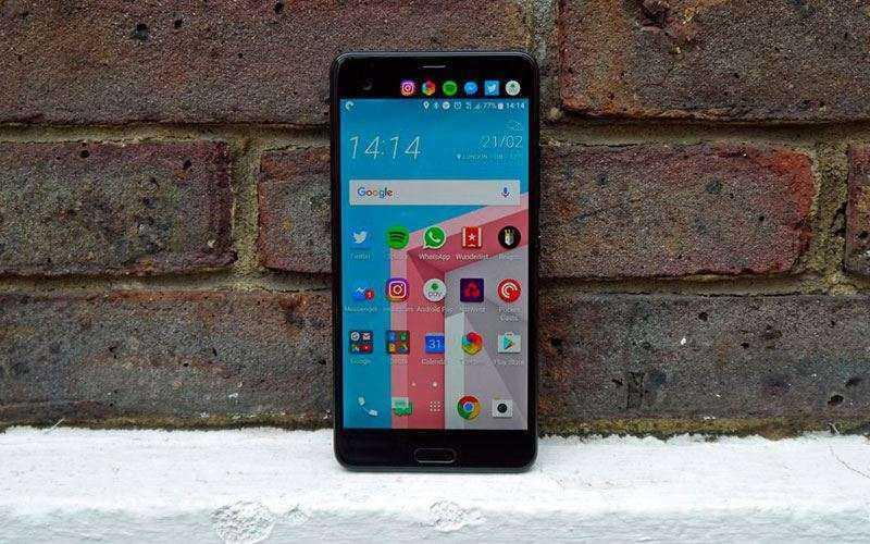 Обзор HTC U Ultra - Большой смартфон с двумя дисплеями от HTC