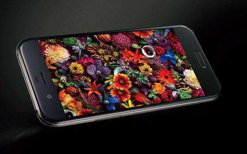 Смартфон Sharp Aquos R выйдет с процессором Snapdragon 835 и красивым дисплеем