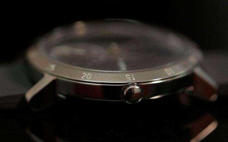 Withings Steel HR - Обзор смарт-часов с классическим дизайном и пульсометром