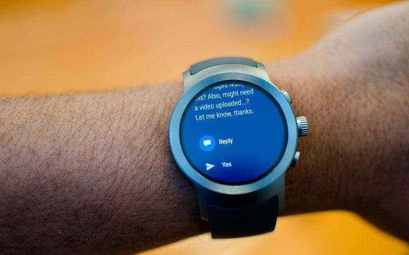 часы LG Watch Sport