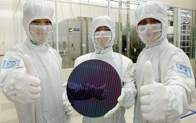 Samsung может обогнать Intel став крупнейшим производителем чипов в мире