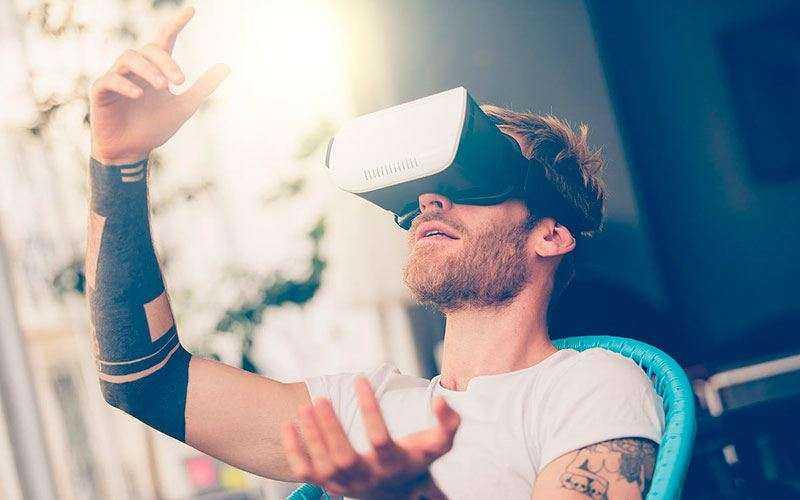 Почему разработчики считают, что AR будет более популярна, чем VR