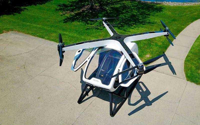 Новый летательный аппарат Workhorse SureFly с человеком внутри