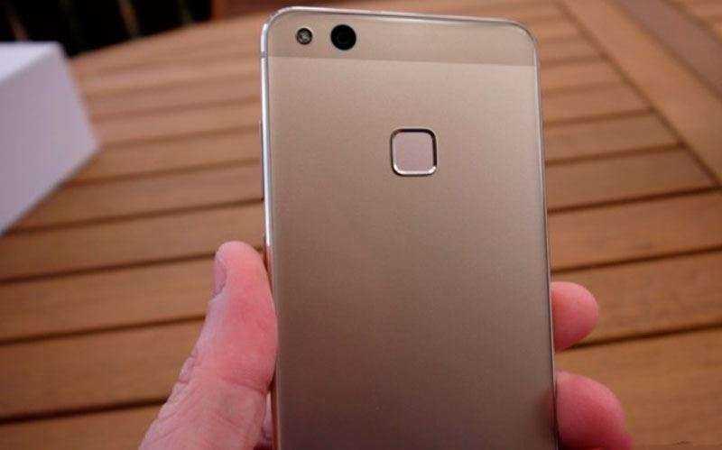 Камера Huawei P10 Lite