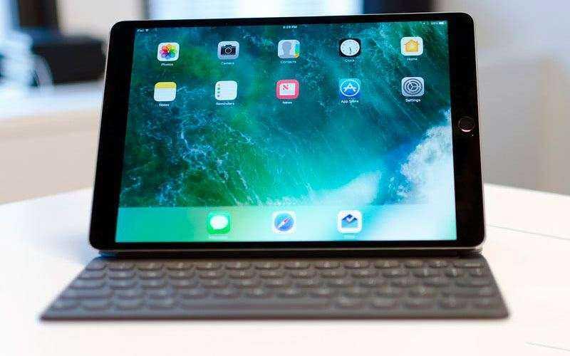экран Apple iPad Pro 10,5 (2017)