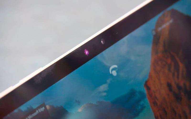 Экран Microsoft Surface Pro (2017)