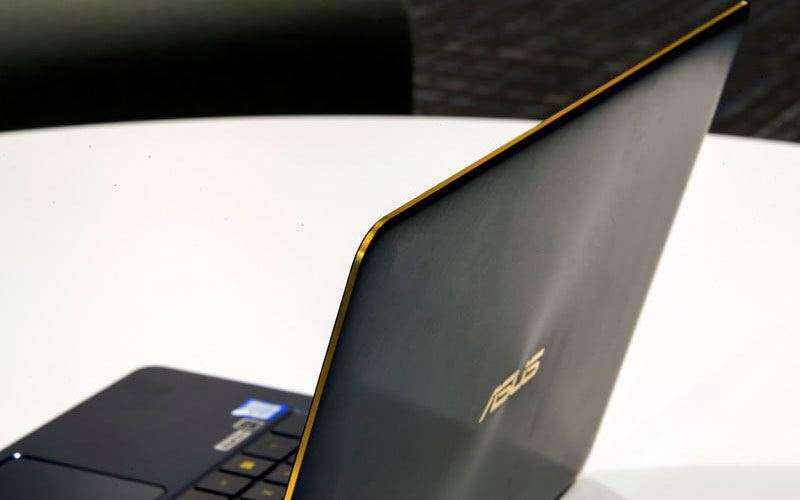 Новый ультрабук Asus ZenBook 3 Deluxe (UX490UA) — Отзывы