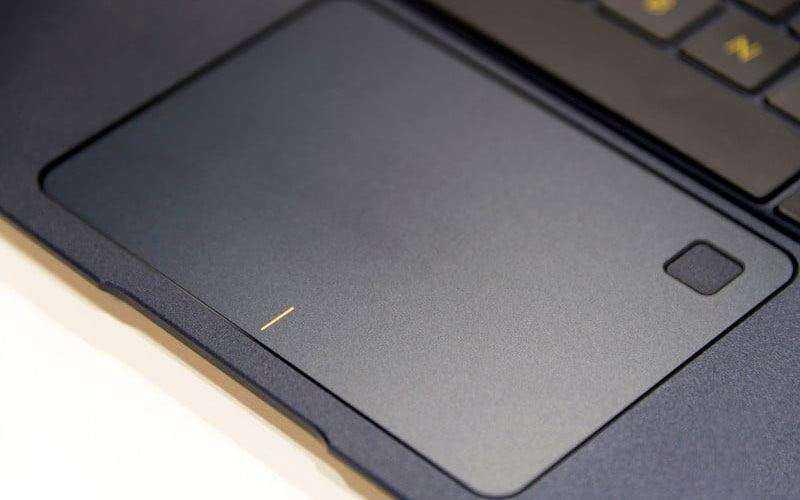 Тачпад Asus ZenBook 3 Deluxe (UX490UA)
