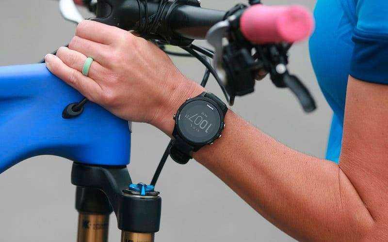 Обзор Garmin Forerunner 935: умные часы с мультиспортивными функциями