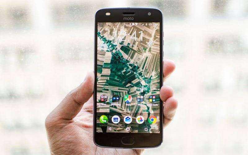 Обзор Moto Z2 Play: обновлённого и производительного телефона