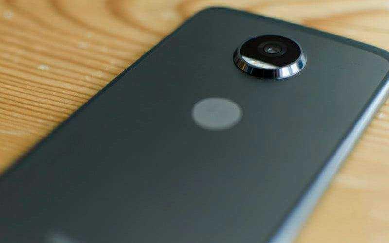 Камера Moto Z2 Play
