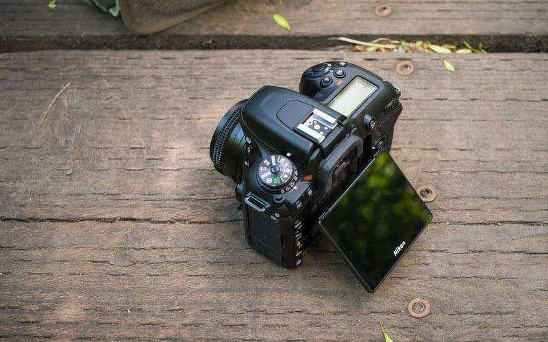 Отличия и особенности Nikon D7500