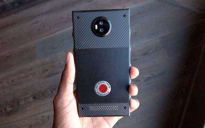 Телефон Hydrogen One от Red с голографическим дисплеем и достойным ценником