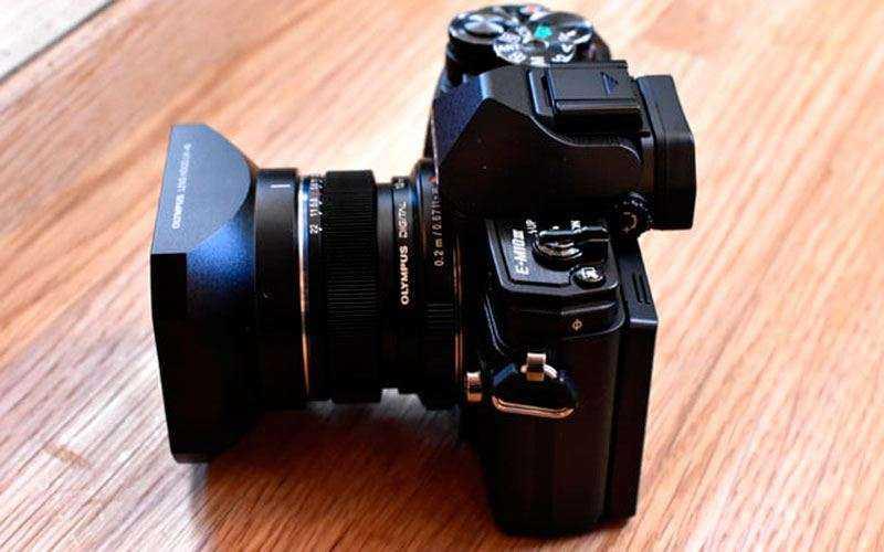 камера Olympus OM-D E-M10 Mark III