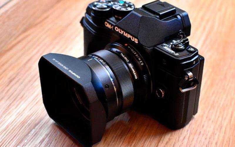 Камера Olympus OM-D E-M10 Mark III как альтернатива камерофона