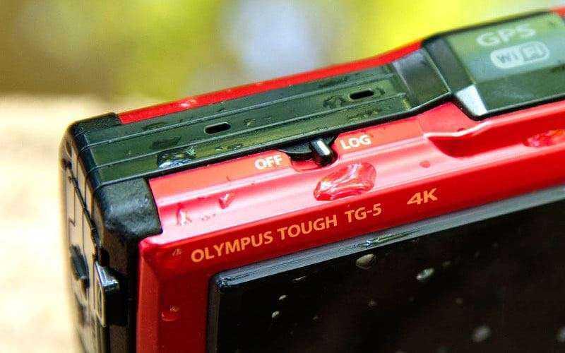 Фотокамера Olympus Tough TG-5