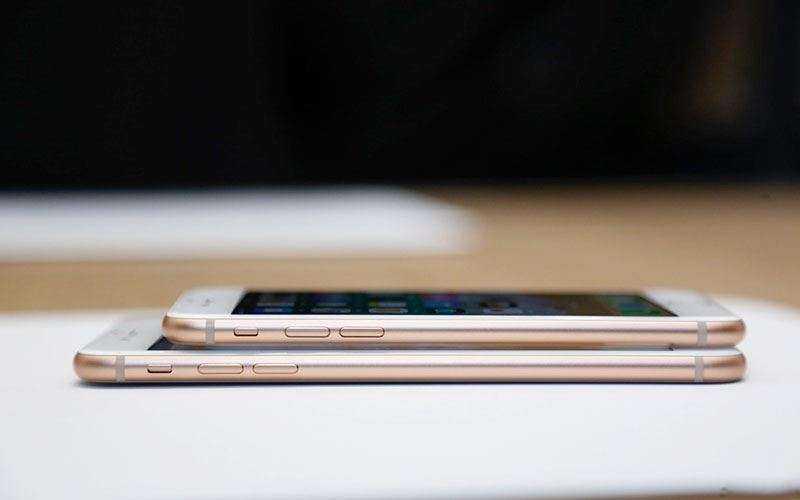 Новый iPhone 8 и iPhone 8 Plus