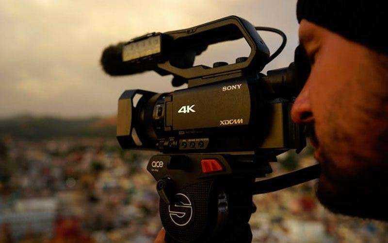 Видеокамеры Sony Handycam, NXCAM, XDCAM
