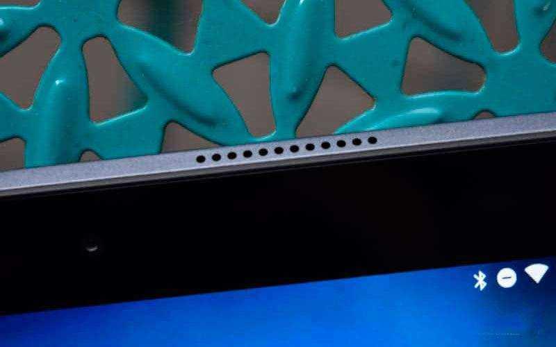 Динамики в Lenovo Tab 4 8