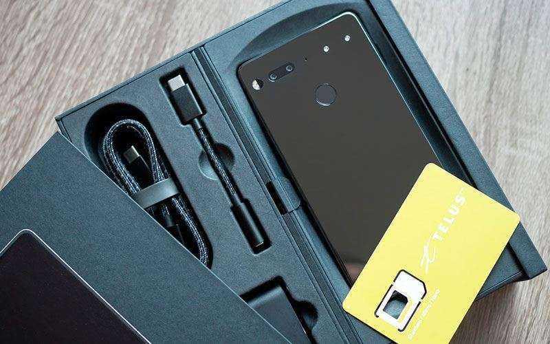 Essential Phone из коробки