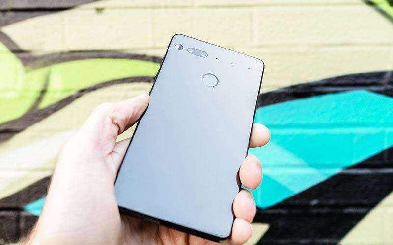 Размер Essential Phone