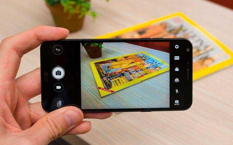 Камера в LG Q6