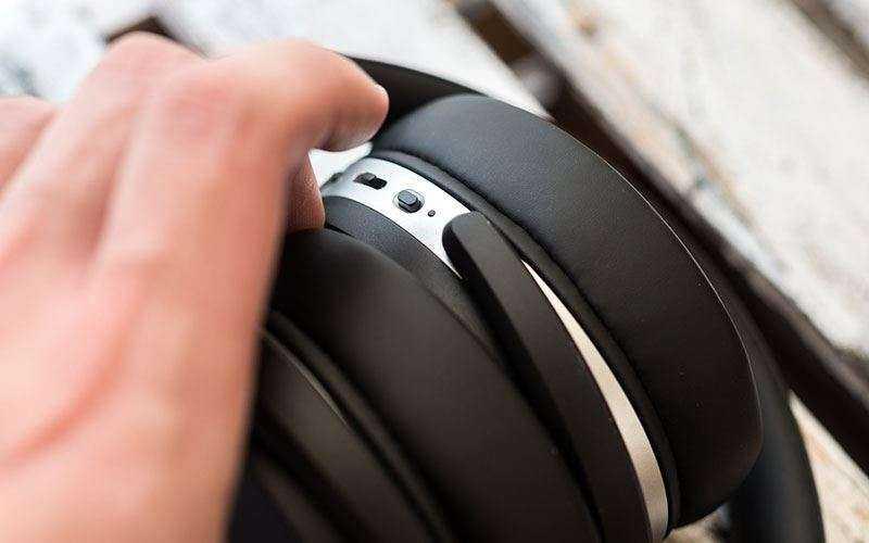 Звук в Sennheiser HD 4.50 BTNC