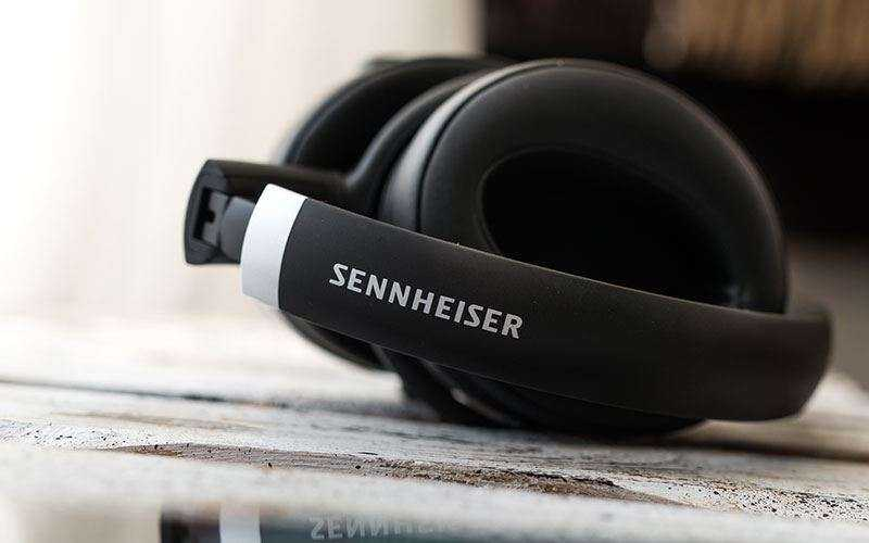 Наушники Sennheiser HD 4.50 BTNC