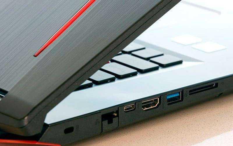 Порты Acer Predator Helios 300