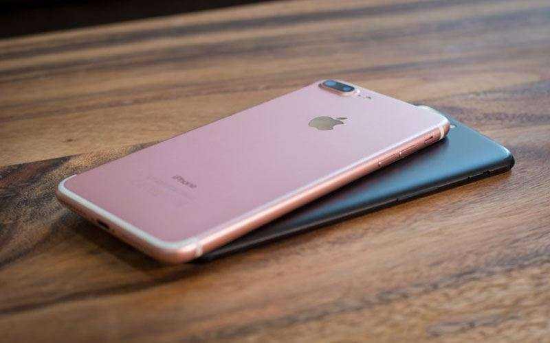Дизайн Apple iPhone 8 Plus и OnePlus 5