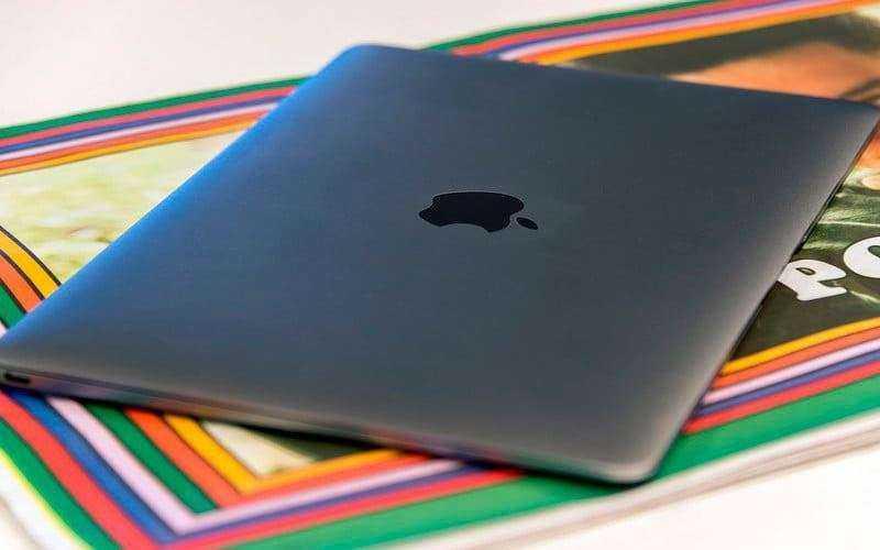 Компактный Apple MacBook 12