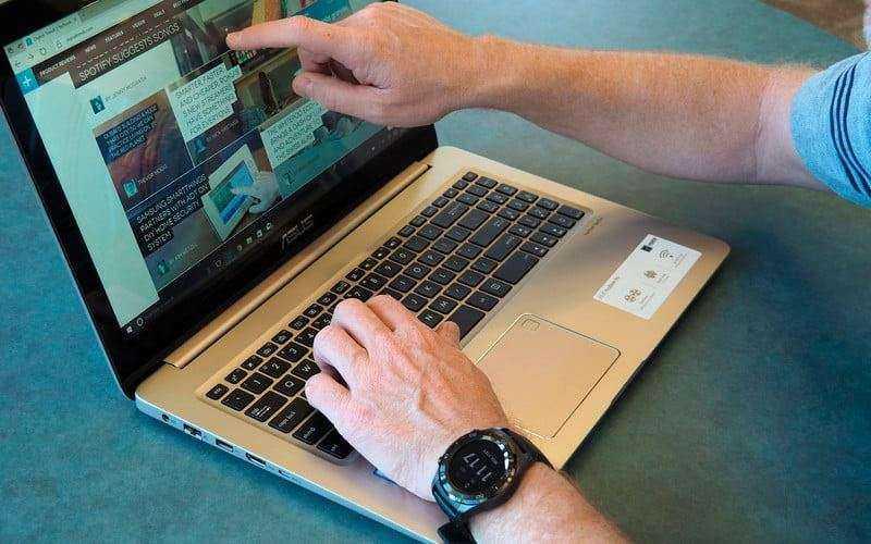Дизайн Asus VivoBook Pro N580