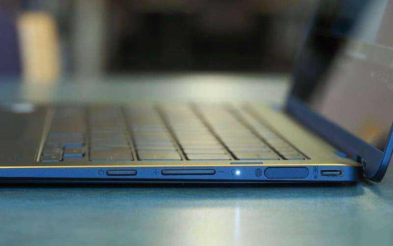 Разъёмы в Asus ZenBook Flip S