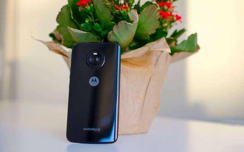 Обзор Moto X4 и X4 Android One — Выносливые и производительный смартфон