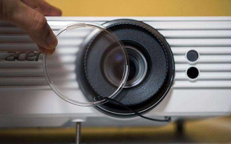 Защита объектива Acer V7850