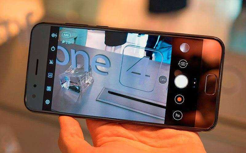 Фотографии Asus Zenfone 4 и Asus Zenfone 4 Pro