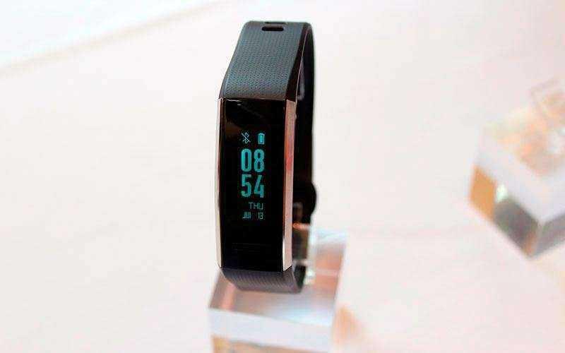 Huawei Band 2 Pro из коробки