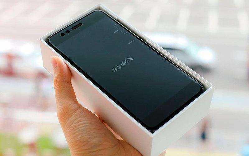 Передняя камера Xiaomi Mi A1