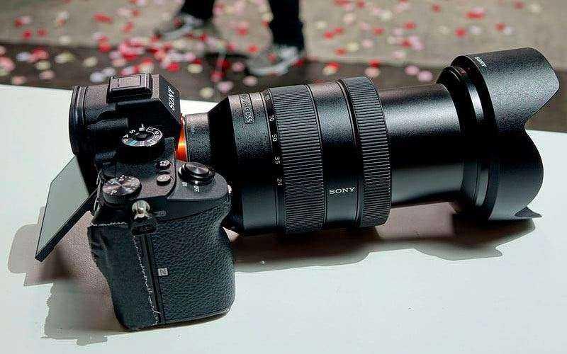 Дизайн Sony A7R Mark III