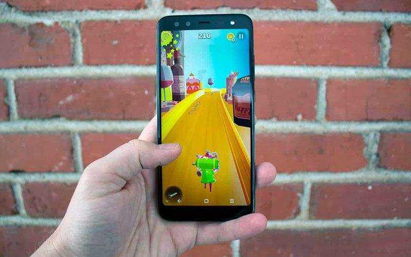 Экран Blackview S8