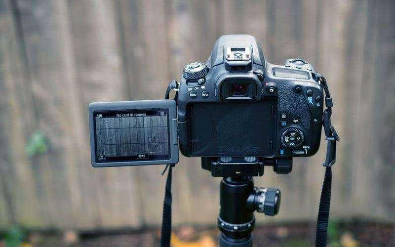 Canon EOS 77D отзывы