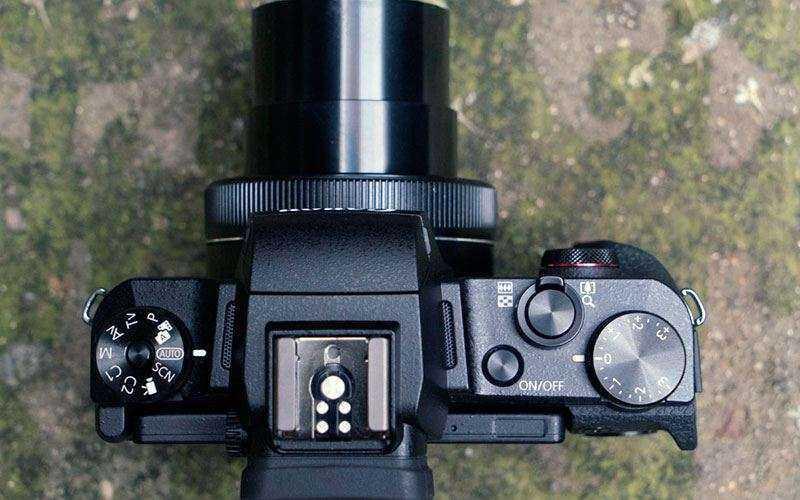 Дизайн Canon G1X Mark III