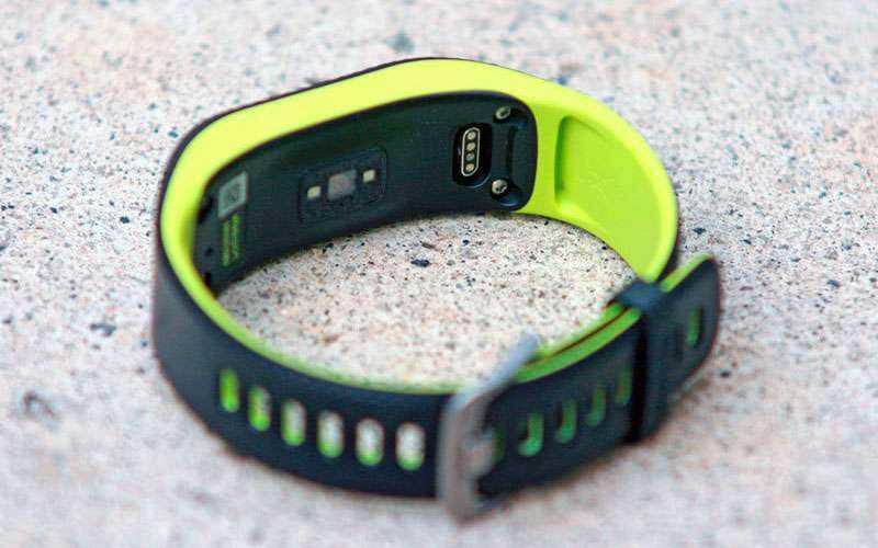 Часы Garmin Vivosport 2017